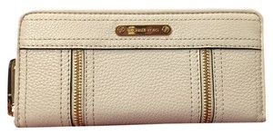 Michael Kors Large Cream Genuine Leather Wallet Studs Wristlet in vanilla and Gold tone hardware
