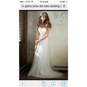 Galina Soft White Feminine Wedding Dress Size 4 (S)