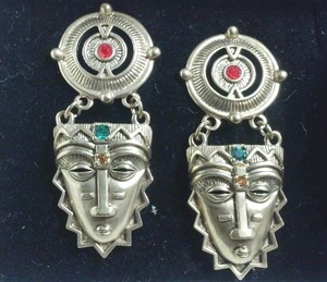 Avon Vintage Vintage 1994 Avon Aztec Tribal Mayan Earrings With Box Post Style Gold Jewels