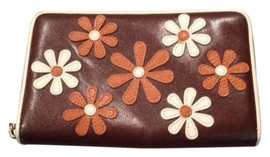 Preload https://item3.tradesy.com/images/isabella-fiore-browns-floral-leather-wallet-1079222-0-0.jpg?width=440&height=440