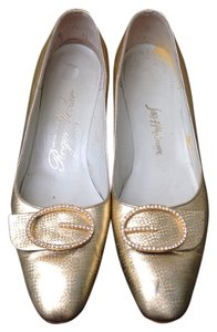 Roger Vivier Gold Pumps