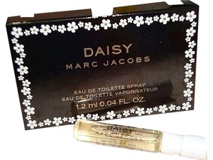 Marc Jacobs NEW Marc Jacobs DAISY Eau de Toilette Mini Spray Travel Size Sample