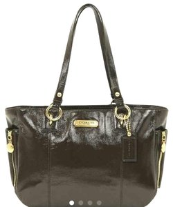 Coach Gallery Shoulder Bag