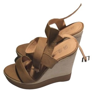 De Blossom Collection Tan with canvas Wedges