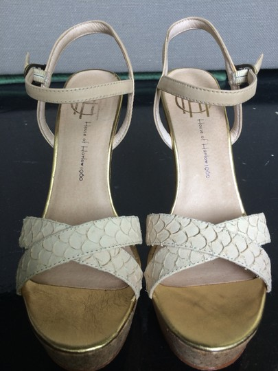 House of Harlow 1960 Sandals Nude Gold Beige Wedges