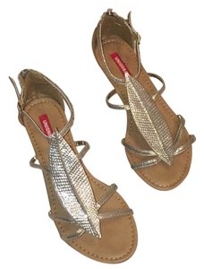UNIONBAY Gold Sandals