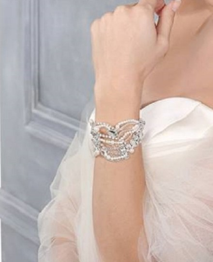 Austrian Crystals Pearl Bracelets