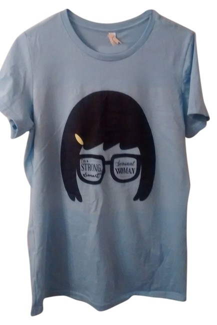 Item - Powder Blue Tina Belcher Tee Shirt Size 14 (L)
