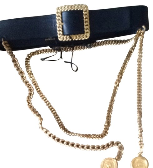 Preload https://img-static.tradesy.com/item/1080019/chanel-black-leather-gold-chain-rare-vintage-and-belt-0-0-540-540.jpg
