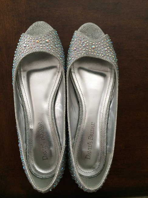 Item - Silver/Crystal Formal Size US 7.5