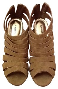 Bamboo Trading Company beige Wedges