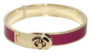 Coach COACH ENAMEL TURNLOCK HINGED BANGLE