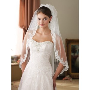 Mon Cheri White Medium Bridal Veil