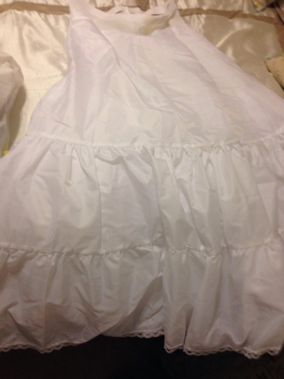 David's Bridal White Women's Medium Fullness Crinoline