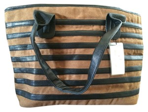 Victoria Leland Designs Functional Shoulder Bag