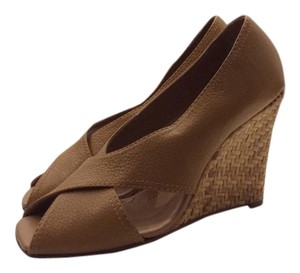 BCBGMAXAZRIA Leather Wedge Woven Tan Wedges