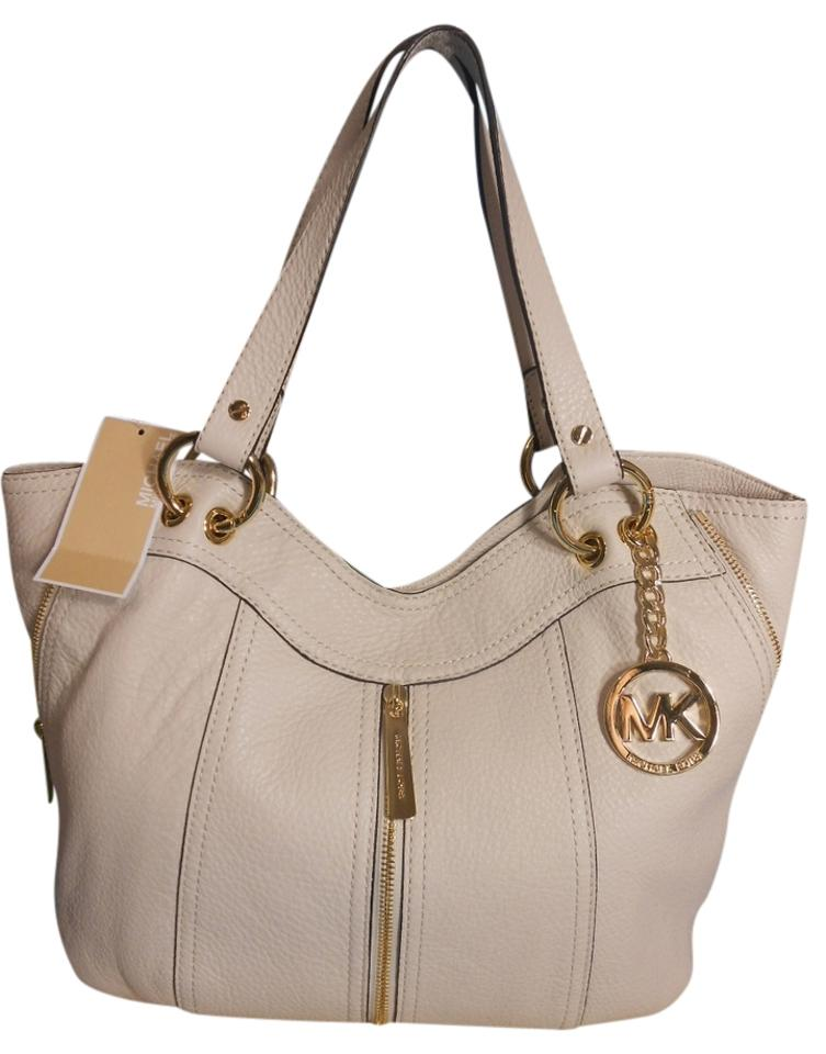Michael Kors Moxley Leather Tote In Vanilla