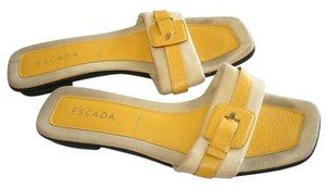 Escada yellow Flats