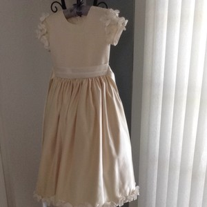 Champagne Bridesmaid/Mob Dress Size 4 (S)