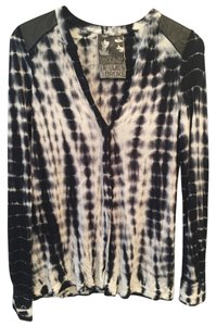 Young Fabulous & Broke Tie Dye Yfb Boho Chic Button Down Shirt Dark