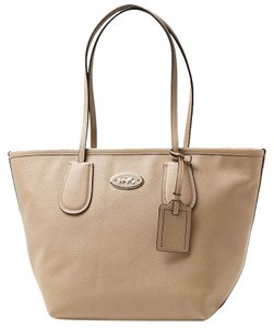 Coach New Taxi Zip Top Leather 33915 Handbag Tote in Nude