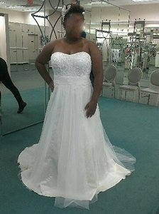 David's Bridal Strapless A Line Beaded Lace Tulle Gown Wedding Dress
