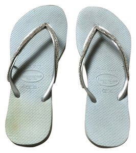 Havaianas Embellished Silver Sandals