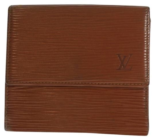 Preload https://img-static.tradesy.com/item/10819336/louis-vuitton-brown-three-fold-coin-there-pocket-epi-leather-wallet-0-1-540-540.jpg