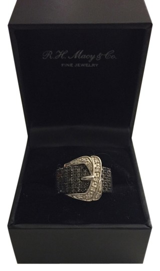 r h macy and co fine jewelry buckle ring 78 off