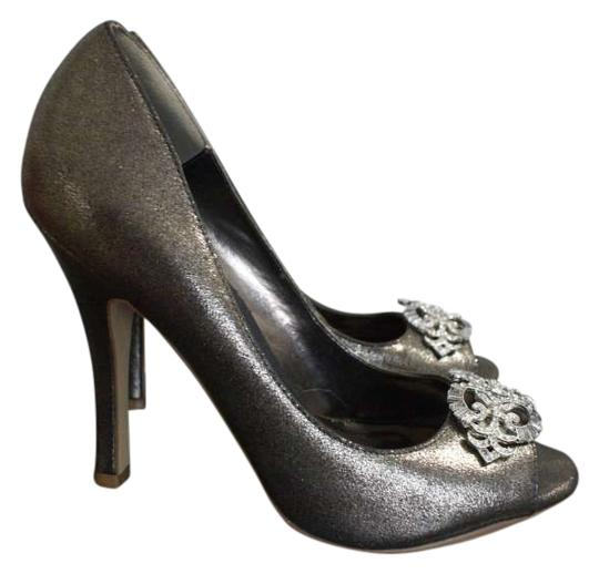 Preload https://item2.tradesy.com/images/michael-antonio-silver-for-sparkle-classic-formal-shoes-size-us-85-108261-0-0.jpg?width=440&height=440