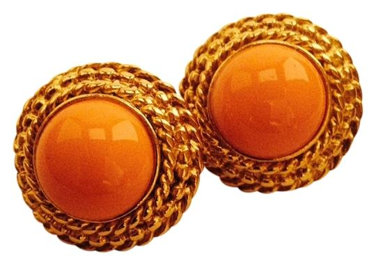 Preload https://item2.tradesy.com/images/coral-color-round-earrings-1083021-0-0.jpg?width=440&height=440