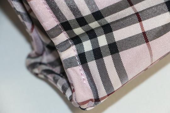 Burberry Tote in Pink Image 7