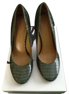 Nine West Dark Green Platforms