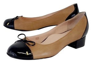 Taryn Rose Tan Black Bow Low Heels Heels Pumps