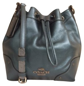 Coach Leather New/nwt Bucket Cross Body Bag