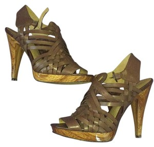 Jessica Simpson Dark chocolate Platforms