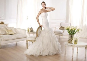 Pronovias Ontina Style 6/21 Wedding Dress