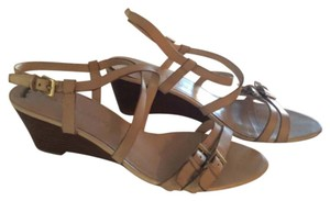 Franco Sarto Tan Beige Off-white Sandals