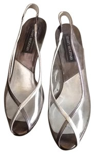 Stuart Weitzman Silver, pewter Formal