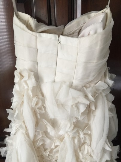 Monique Lhuillier Shades Of Ivory Silk Chiffon Bouquet Sexy Wedding Dress Size 4 (S) Image 3
