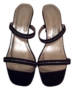 Norman Kaplan Black with silver Sandals