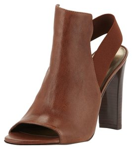 Stuart Weitzman Slingback Peep Toe brown Sandals