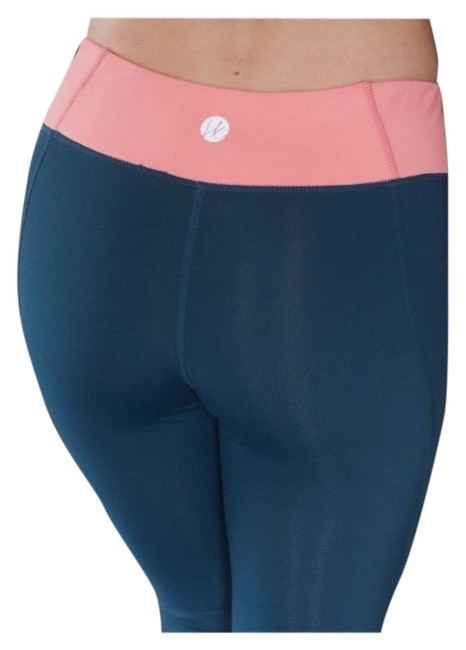 Preload https://img-static.tradesy.com/item/10841431/navy-and-pink-sexy-harper-knit-yoga-activewear-bottoms-size-4-s-27-0-4-650-650.jpg