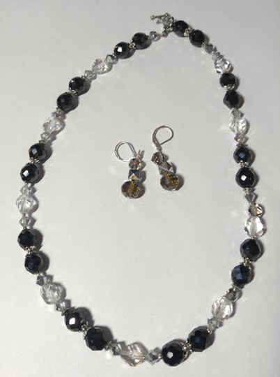 Other Handmade Swarovski Crystal Necklace & Earrings Set A089 Image 3