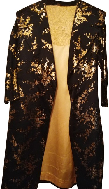 Preload https://img-static.tradesy.com/item/10843411/black-with-gold-chinese-dressy-formal-chinese-style-coat-size-10-m-0-3-650-650.jpg