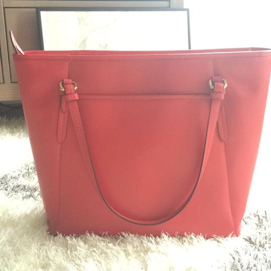Coach Spring Summer Casual Tote in Red Image 3