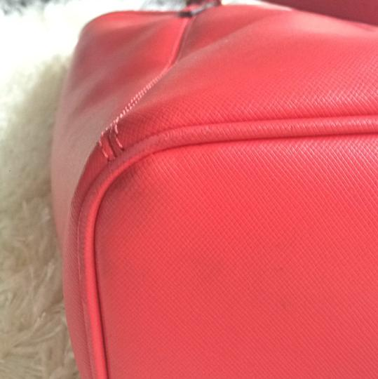Coach Spring Summer Casual Tote in Red Image 8