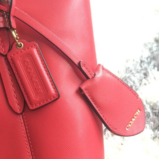 Coach Spring Summer Casual Tote in Red Image 9