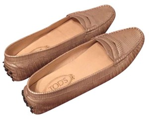 Tod's Nude/Gold Flats