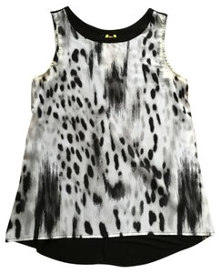 Apt. 9 Leopard Top black and white animal print